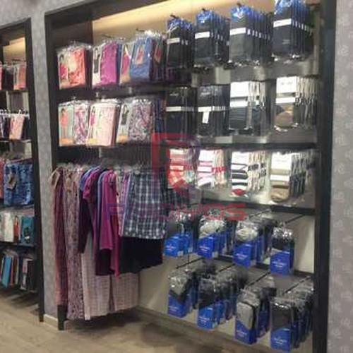 pridiyos-boutique-garment-racks